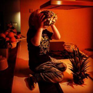 naturbursche freakofnature ananas coolstesauderwelt sohn son Weiterlesen